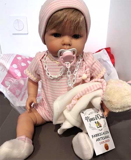 jolie bébé reborn artisanal
