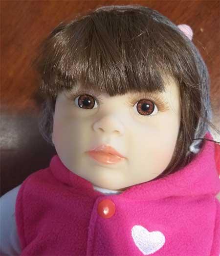 tête de grande poupée