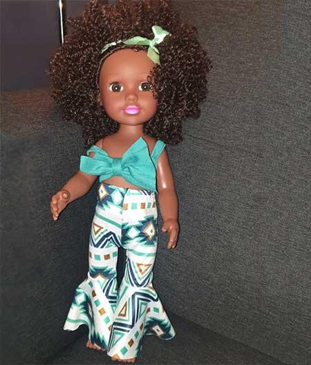 poupée africaine jeune fille